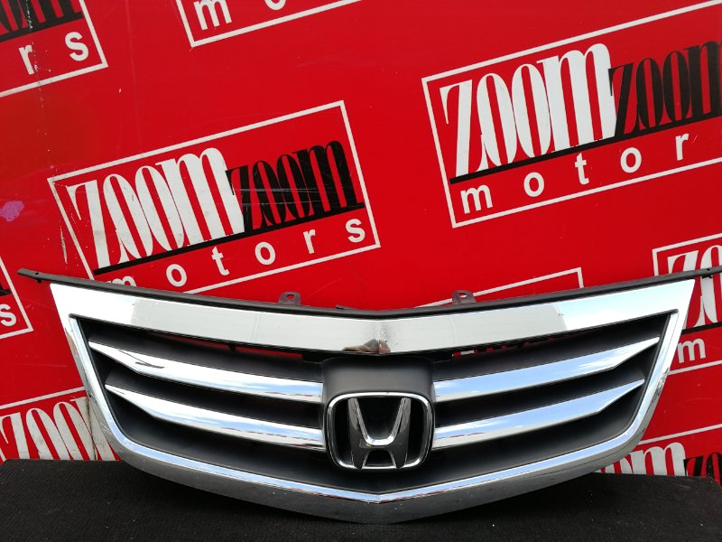 Решетка радиатора Honda Accord CW1 R20A 2011 передняя