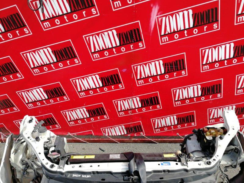 Рамка радиатора Toyota Wish ZNE10G 1ZZ-FE 2003 белый перламутр