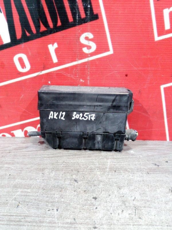 Блок реле и предохранителей Nissan March AK12 CR12DE 2005 передний