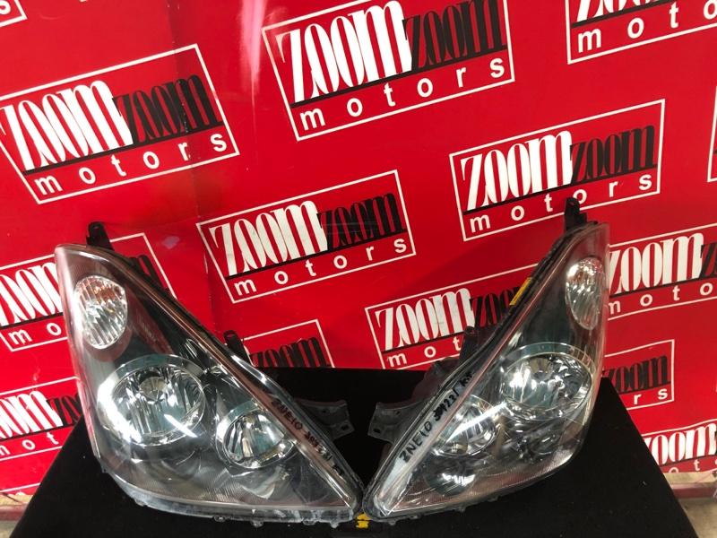 Фара Toyota Wish ZNE10G 1ZZ-FE 2003 передняя 68-2