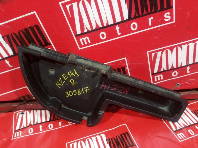 Ящик для инструментов Toyota Corolla Fielder NZE141 1NZ-FE 2006 правый
