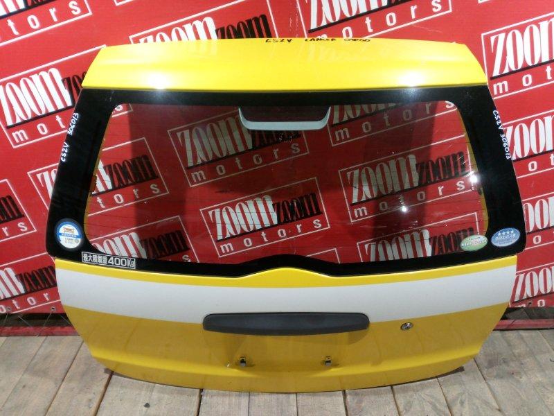 Дверь задняя багажника Mitsubishi Lancer Cedia CS2V 4G15 2000 задняя жёлтый