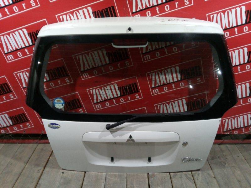 Дверь задняя багажника Mitsubishi Dion CR9W 4G93 2002 задняя белый