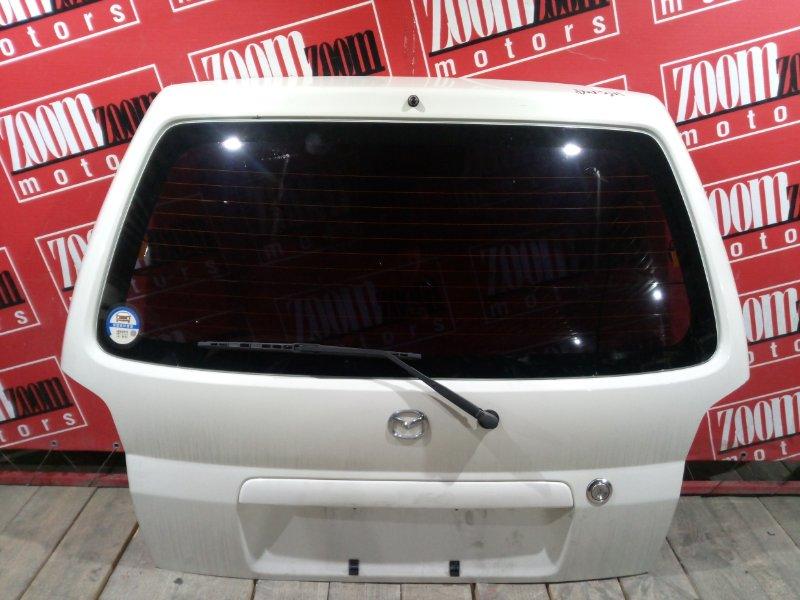 Дверь задняя багажника Mazda Demio DW3W B3-E 1996 задняя белый