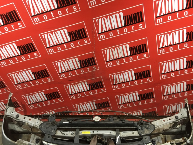Рамка радиатора Nissan Sunny FB15 QG15DE 2002 передняя серый