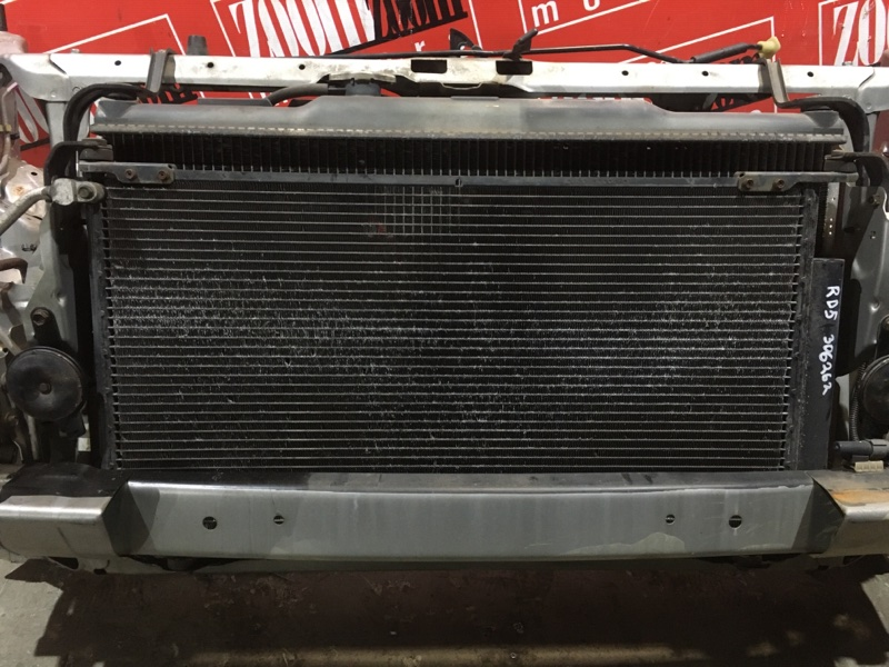 Радиатор кондиционера Honda Cr-V RD5 K20A 2001 передний