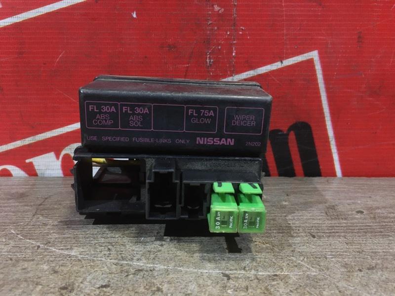 Блок реле и предохранителей Nissan Pulsar FN15 GA15DE 1995 передний