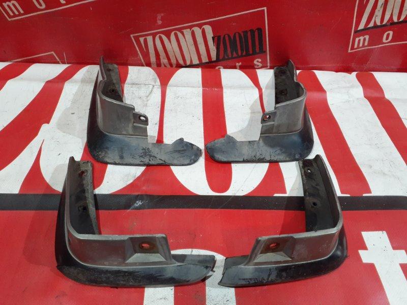 Брызговик Honda Domani MB3 D15B 1995 серебро