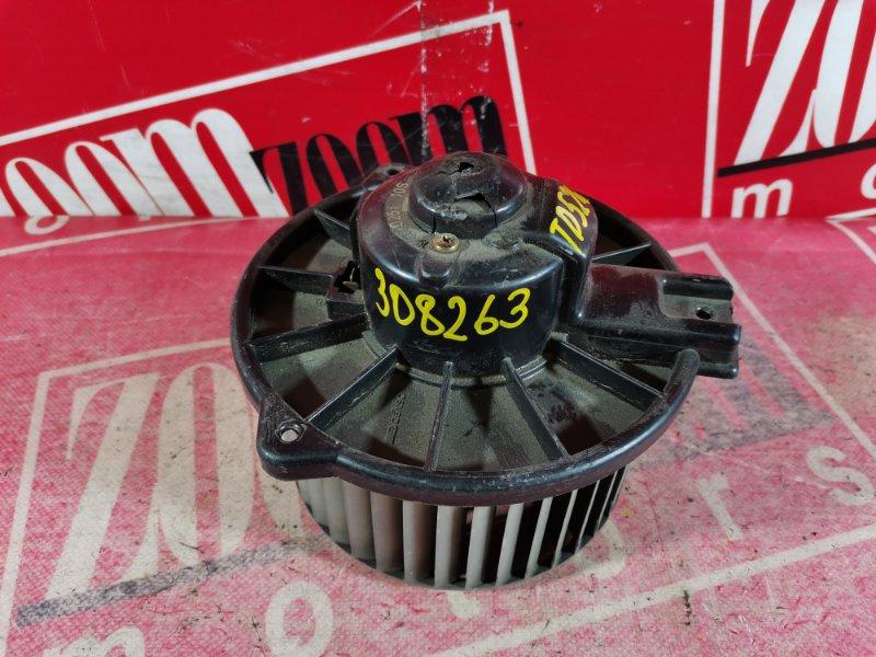 Вентилятор (мотор отопителя) Suzuki Escudo TD52W J20A 1997