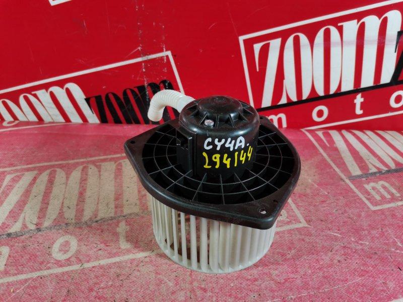 Вентилятор (мотор отопителя) Mitsubishi Lancer X CY4A 4B11 2007 передний