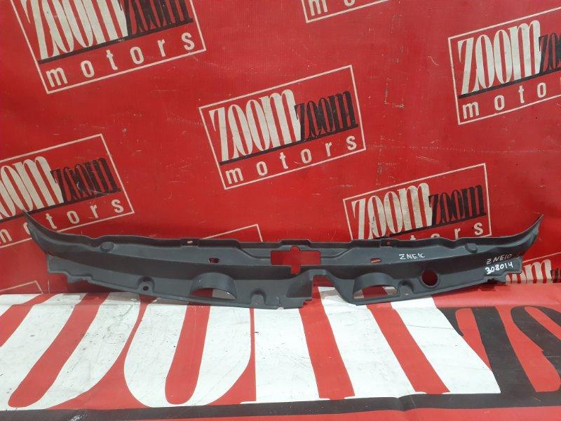 Накладка на решетку радиатора Toyota Wish ZNE10 1ZZ-FE 2003 передняя