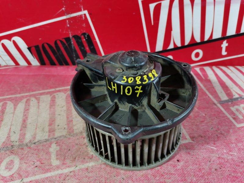 Вентилятор (мотор отопителя) Toyota Hiace LH107 2L