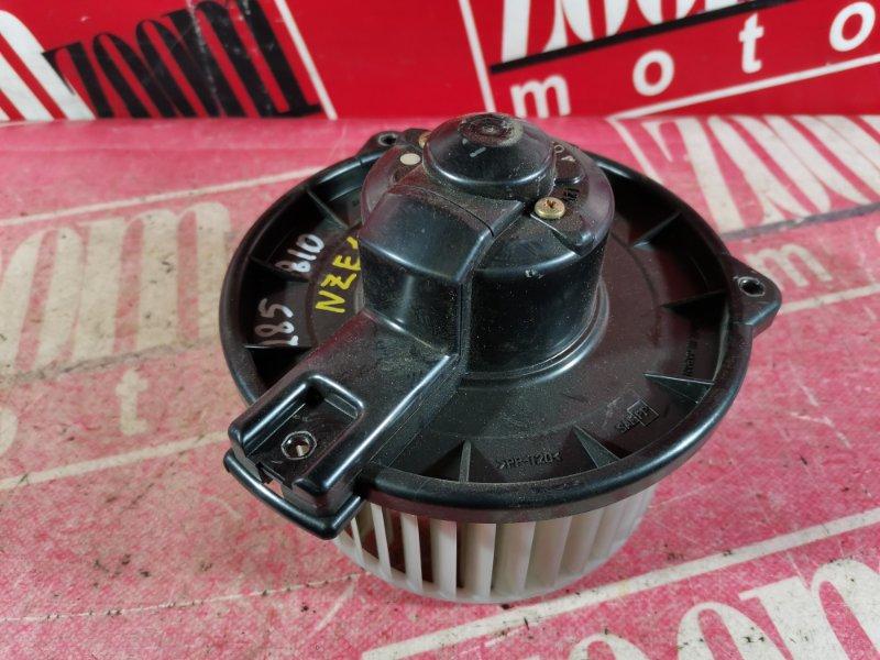Вентилятор (мотор отопителя) Toyota Corolla NZE120 1NZ-FE 2001 передний