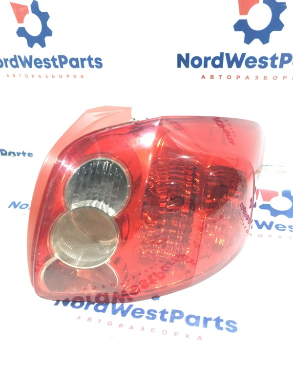 Фонарь задний правый Toyota Auris (E15) 2006-2012 Хэтчбек 1ZRFE 1.6 Бензин 8155102380 контрактная