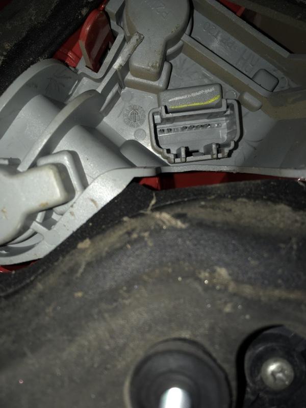 Фонарь задний правый Auris (E15) 2006-2012 Хэтчбек 1ZRFE 1.6 Бензин