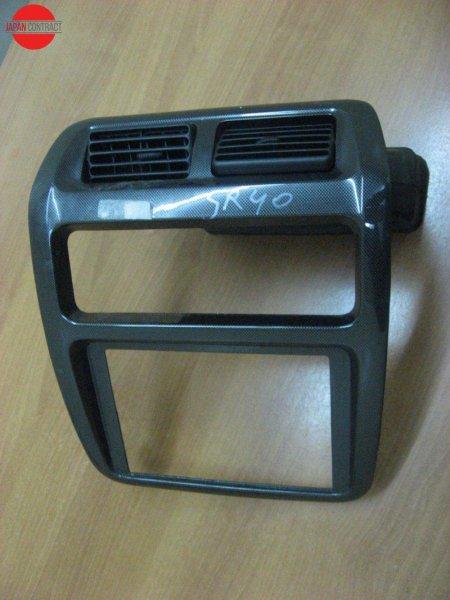 Рамка магнитофона Toyota Liteace Noah SR40G