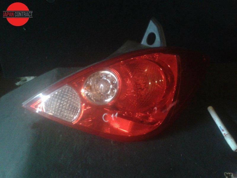 Фонарь стоп-сигнала Nissan Tiida C11 правый
