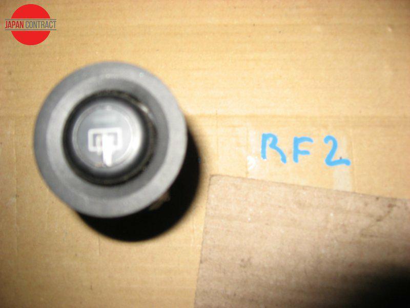 Кнопки в салон Honda Stepwgn RF2