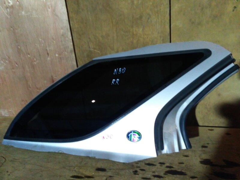 Стекло боковое Nissan Rnessa N30 SR20DE 1997 заднее правое