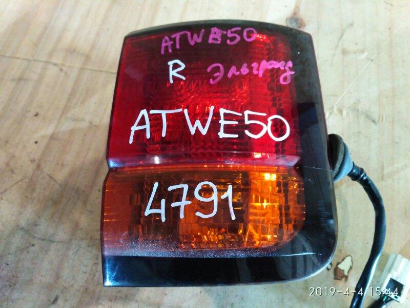 Фонарь стоп-сигнала Nissan Elgrand ATWE50 1998 правый