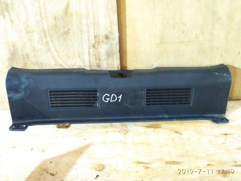 Накладка багажника Honda Fit GD1 L13A 2003