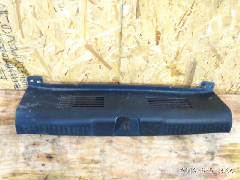 Накладка багажника Honda Fit GD1 L13A 2005