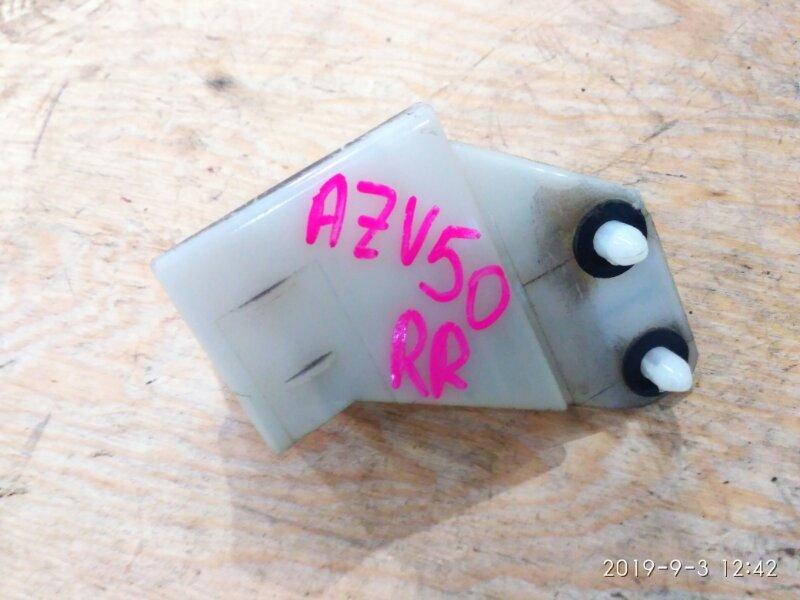 Клипса бампера Toyota Vista Ardeo AZV50 1AZ-FSE 2002 задняя правая