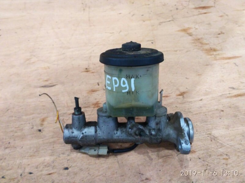 Главный тормозной цилиндр Toyota Starlet EP91 4E-FE 1996