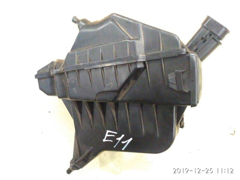 Корпус воздушного фильтра Nissan Note E11 HR15DE 2005