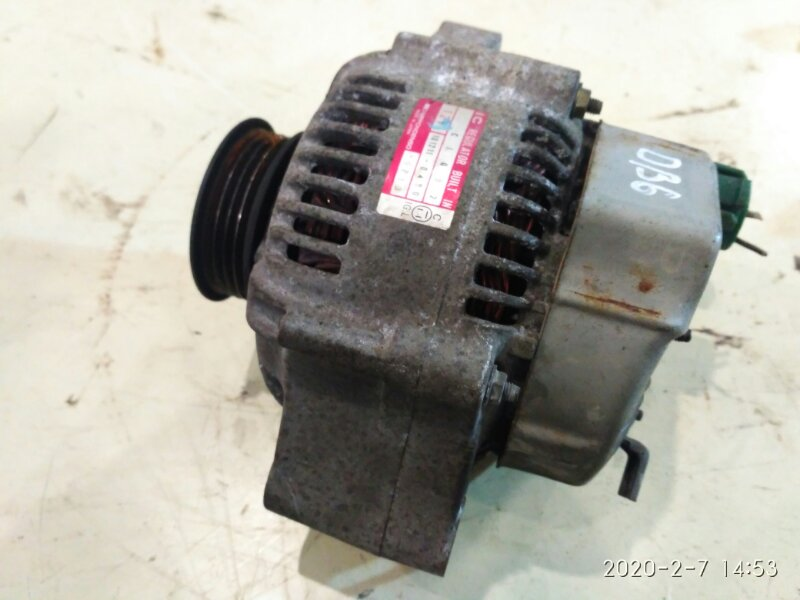 Генератор Honda Integra DB6 ZC 1994