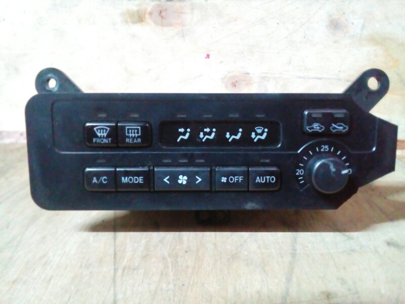 Блок управления климат-контролем Toyota Nadia SXN15 3S-FE 1999