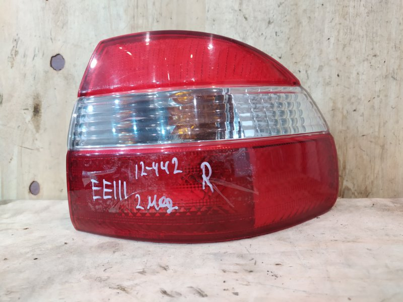 Фонарь стоп-сигнала Toyota Corolla EE111 4E-FE 1998 правый