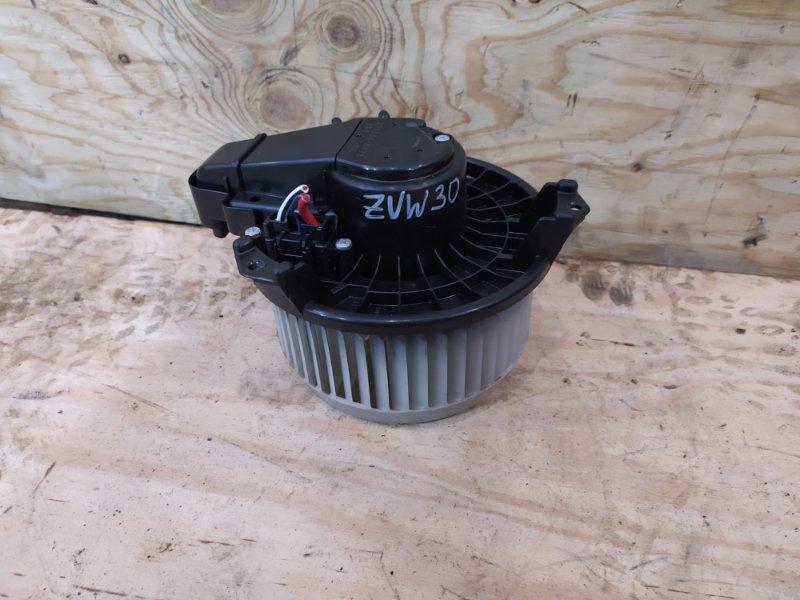 Вентилятор печки Toyota Prius ZVW30