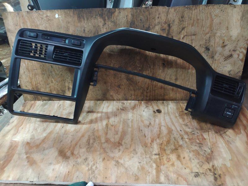 Рамка магнитофона Toyota Caldina AT191G 7A-FE 1996