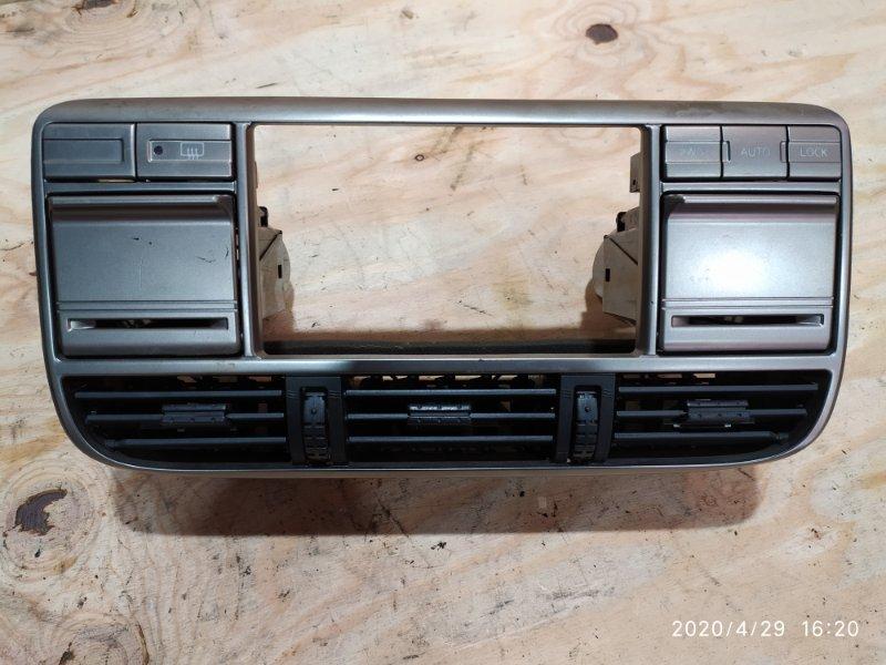 Рамка магнитофона Nissan X-Trail NT30 QR20DE 2001