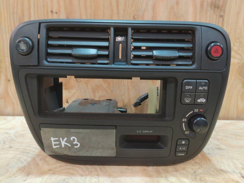 Рамка магнитофона Honda Civic EK3 D15B 1997