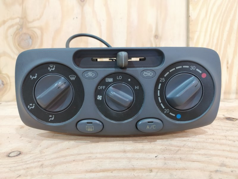 Блок управления климат-контролем Toyota Raum EXZ10 `5E-FE 2000