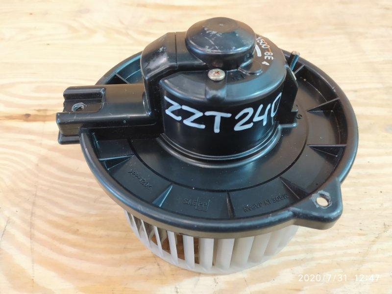 Вентилятор печки Toyota Premio ZZT240 1ZZ-FE 2003
