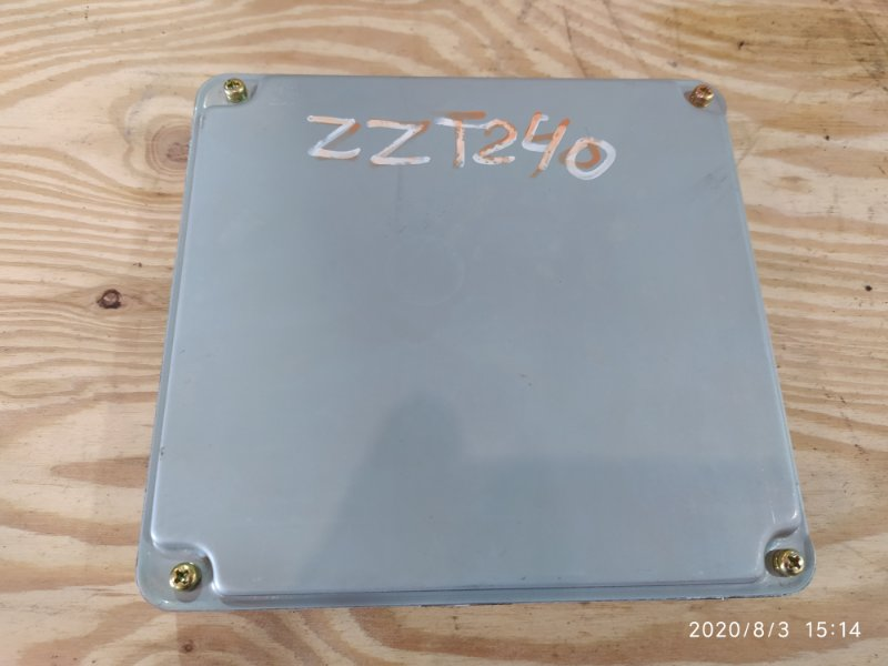Блок управления двс Toyota Premio ZZT240 1ZZ-FE 2003