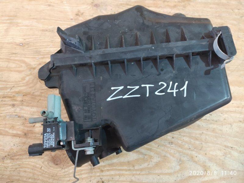 Корпус воздушного фильтра Toyota Caldina ZZT241W 1ZZ-FE 2005