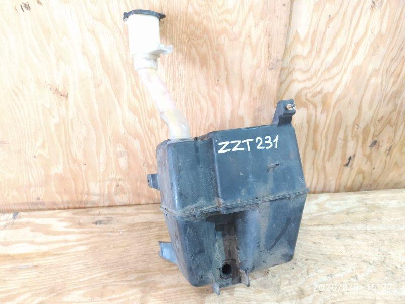 Бачок омывателя Toyota Celica ZZT231 2ZZ-GE 2000
