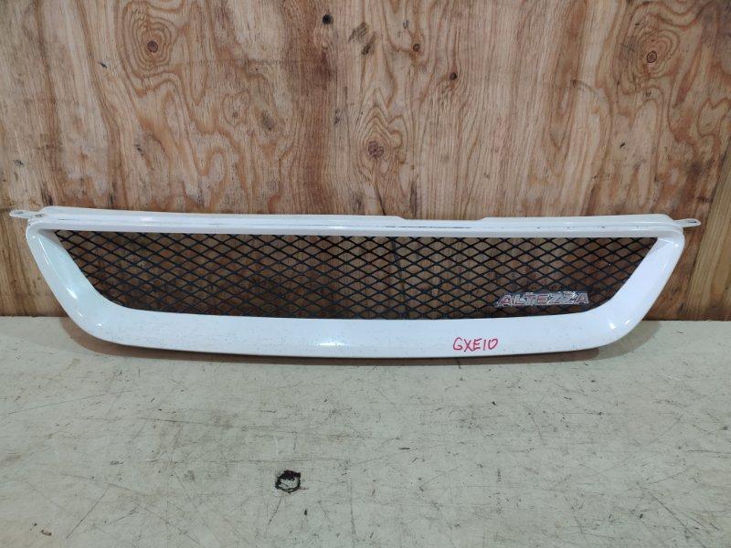 Решетка радиатора Toyota Altezza GXE10 1G-FE 2000