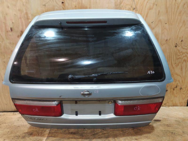 Дверь задняя багажника Nissan Rnessa N30 SR20DE 2001