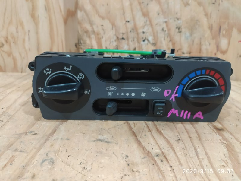 Блок управления климат-контролем Toyota Duet M111A K3-VE 2001