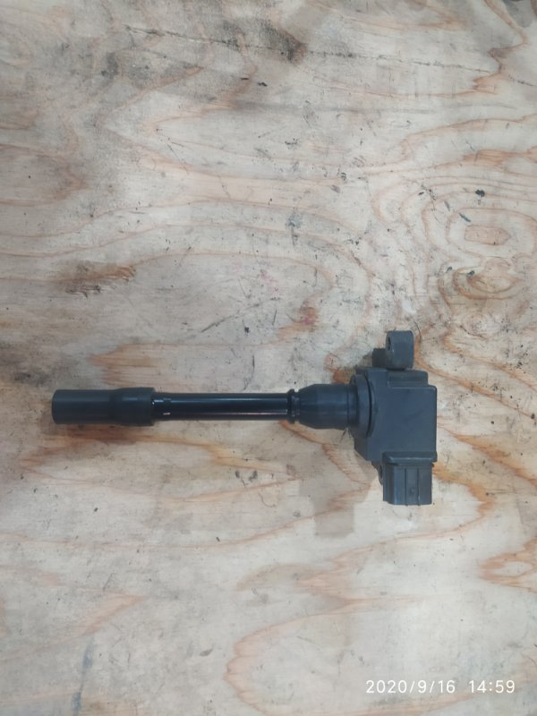 Катушка зажигания Mitsubishi Pajero V45W 6G74 1997