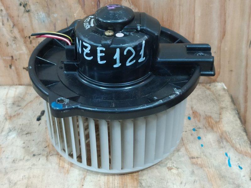 Вентилятор печки Toyota Allex NZE121 1NZ-FE 2001