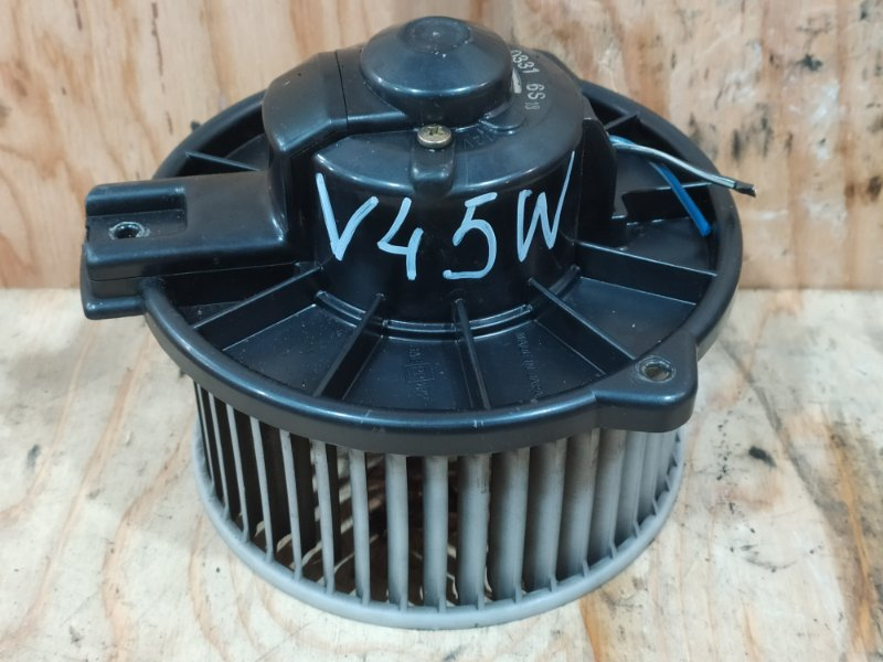 Вентилятор печки Mitsubishi Pajero V45W 6G74 1997