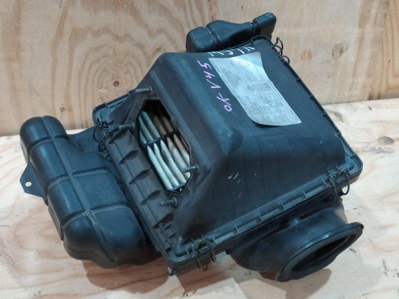 Корпус воздушного фильтра Mitsubishi Pajero V45W 6G74 1997