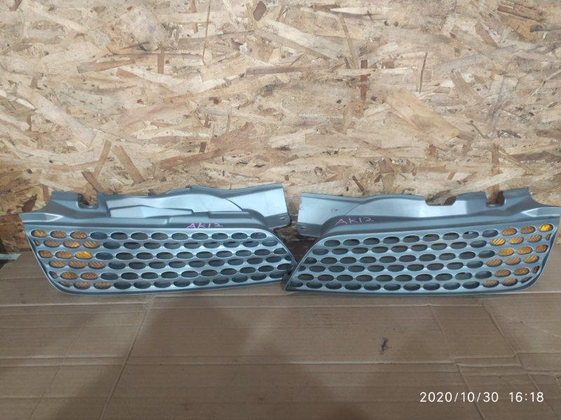 Решетка радиатора Nissan March AK12 CR12DE 2003