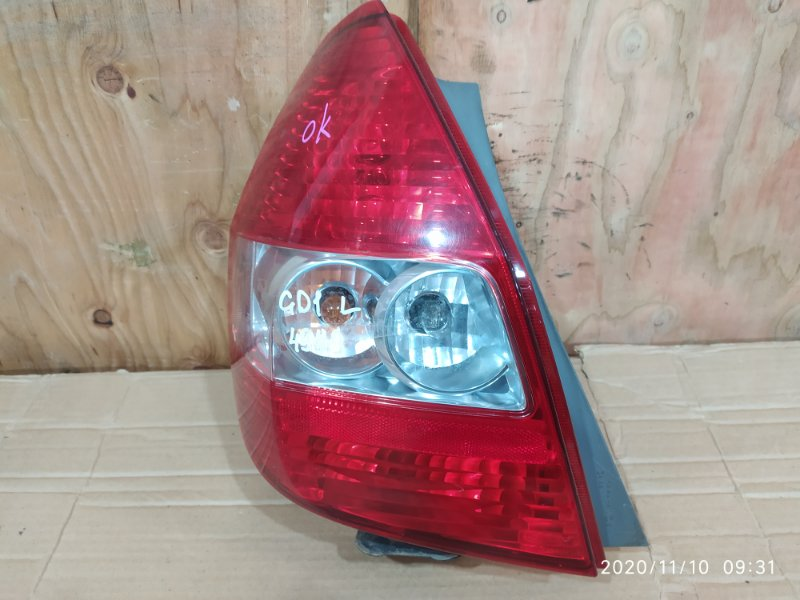 Фонарь стоп-сигнала Honda Fit GD1 L13A 2001 левый